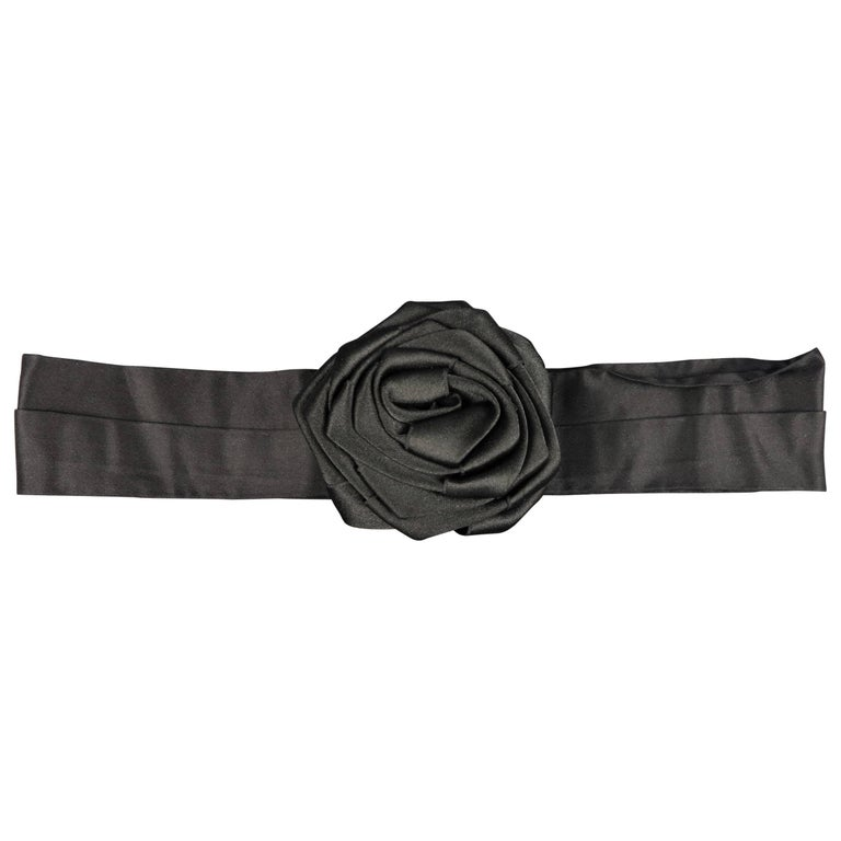 MARC JACOBS Black M Suede Adjustable Snap Rose Belt