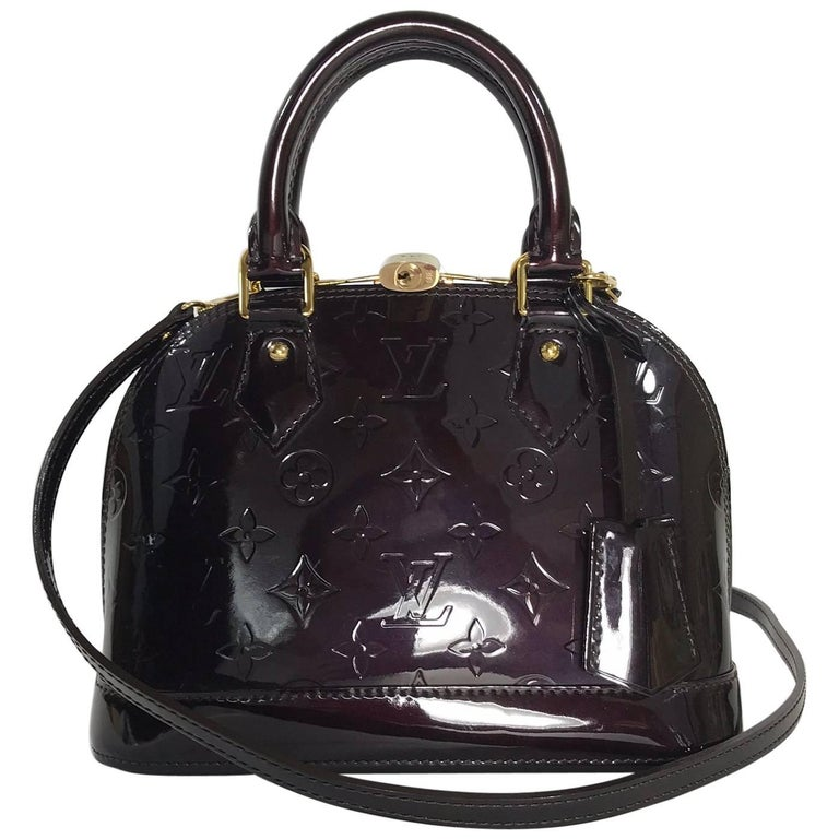 Louis Vuitton Vernis Alma BB in Amarante Satchel For Sale
