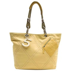 CHANEL Vintage Tote Bag in Yellow Canvas