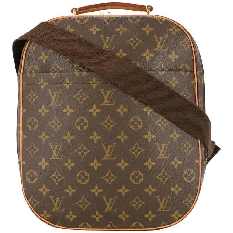 2f24f375dee2 Louis Vuitton Monogram Men s Women s Carryall Travel One Shoulder Backpack  Bag For Sale
