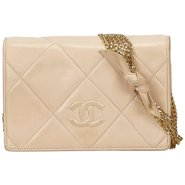 68f074f36c9c Chanel Brown x Beige Lambskin Leather Chain Flap Bag For Sale at 1stdibs