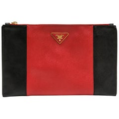 PRADA Clutch in Two-Tone Black and Red Grained Leather