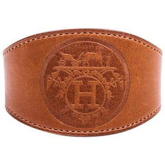 HERMES Bracelet in Barénia Gold Smooth Calfskin Leather Size L