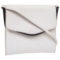 HERMES Vintage Bag in White Leather and Night Blue Trim