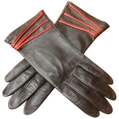 Yves Saint Laurent Italian Ebony Leather Driving Gloves c 1980s