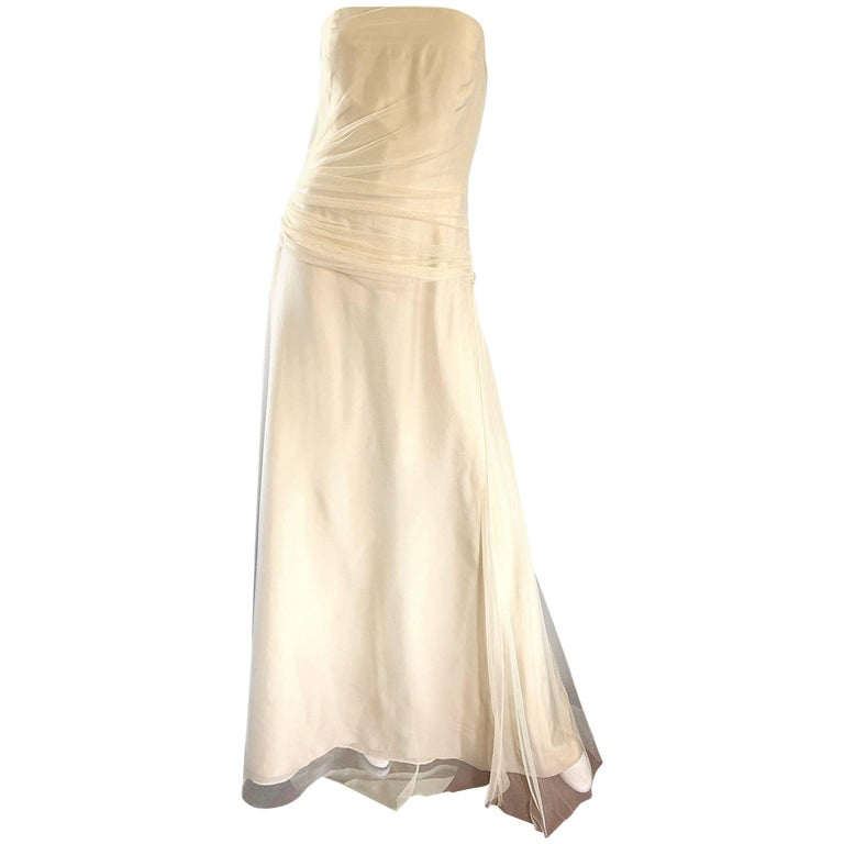 Vera Wang Vintage Size 10 Pale Yellow 1990s Strapless Taffeta 90s Ball Gown
