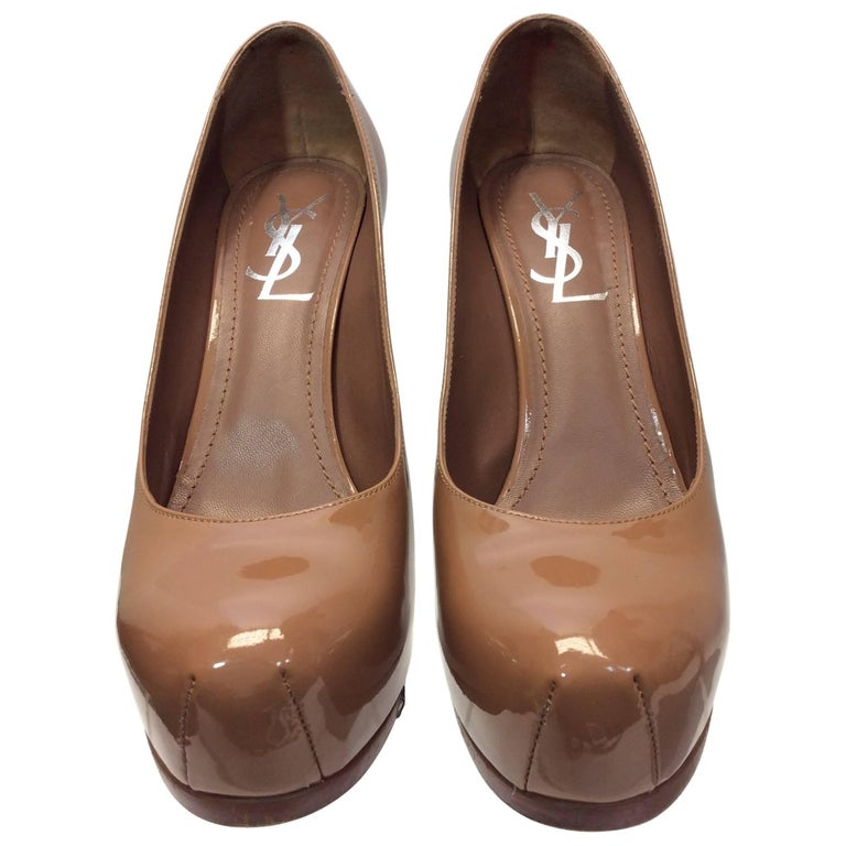 Yves Saint Laurent Nude Patent Leather Pumps