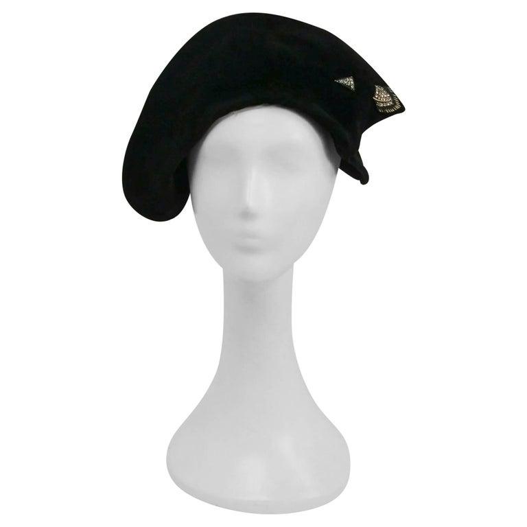 fe997148b 1930s Black Art Deco Asymmetrical Hat