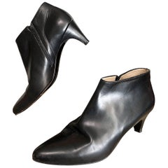 Escada Vintage Size 6.5 Black Leather Low Heel Ankle Boots / Booties, 1990s