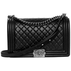 Chanel Black Quilted Lambskin New Medium Boy Bag with Receipt/Box/Tag/DB