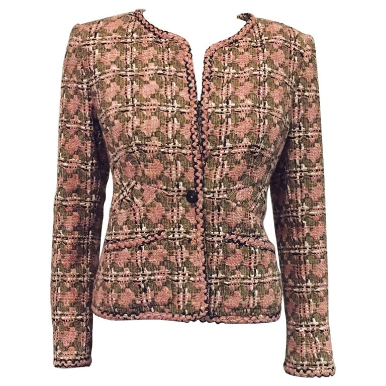 Chanel Fitted Cotton and Silk Houndstooth Check Jacket With Patch Pockets
