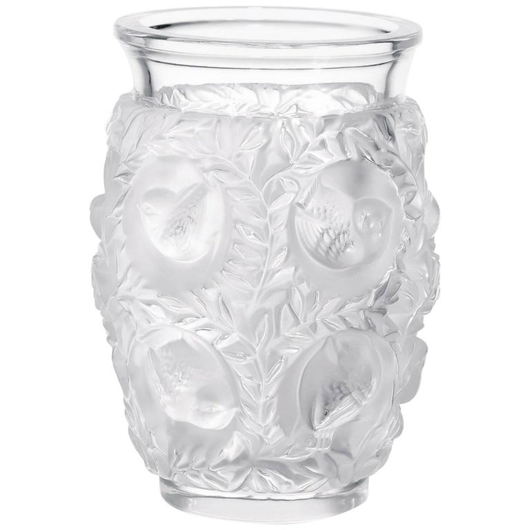 Lalique Crystal Made in France Bagatelle Crystal Vase / Excellente Condition