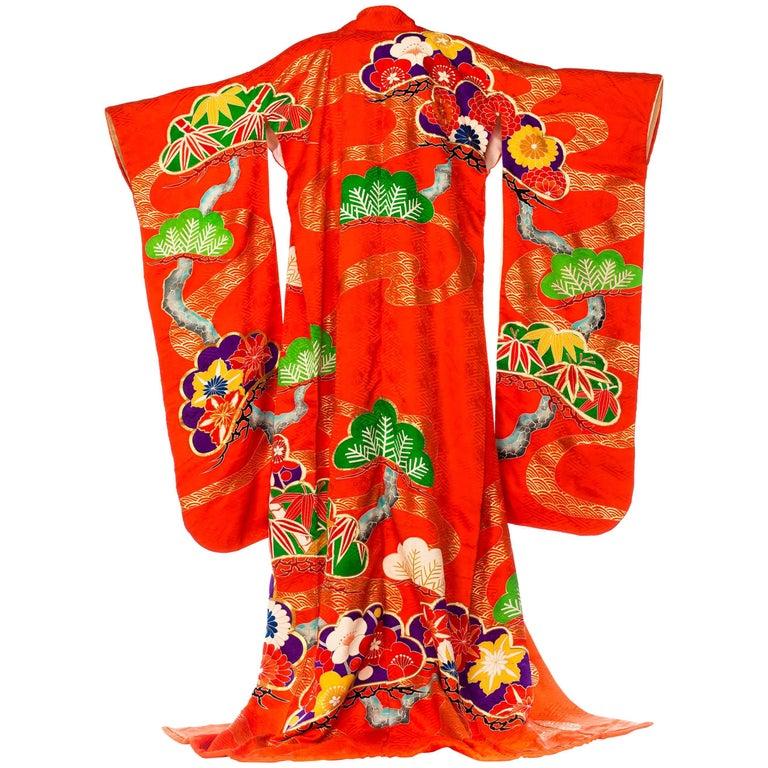 Rare Hand-Painted and embroidered Japanese Kimono