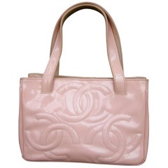 Chanel Pink Patent Leather Handbag In Shabby Chic Condition