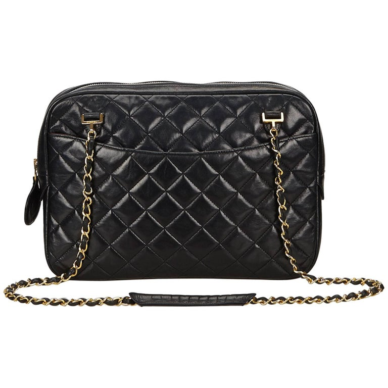 e475bfc356a2 Chanel Black Quilted Matelasse Lambskin Shoulder Bag For Sale at 1stdibs