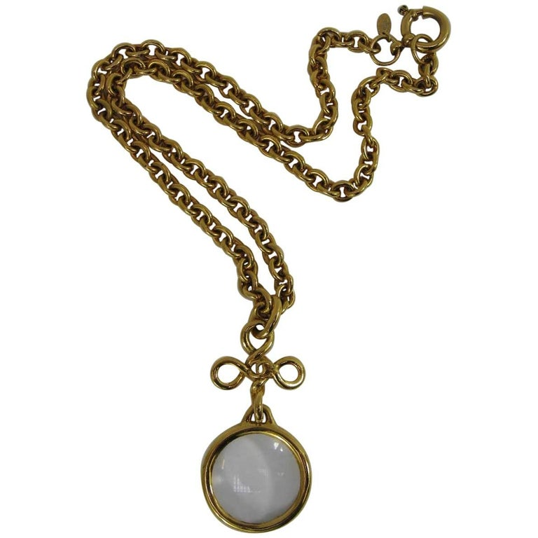 1993 Chanel Long Chain Necklace Magnifying Glass  For Sale