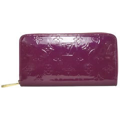 Louis Vuitton Vernis Zippy Wallet in Rouge Fauviste