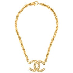 Chanel Gold Rhinestone Charm Single Strand Chain Link Choker Pendant Necklace