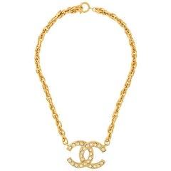 Chanel Gold Rhinestone Charm Single Strand Chain Link Choker Pendant Necklace