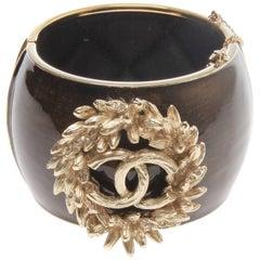 Chanel Spring 2010 Golden Wreath Detail Cuff