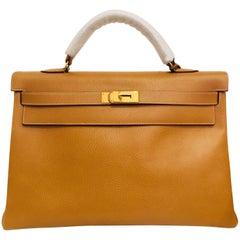 Hermés Gold Leather Kelly Bag