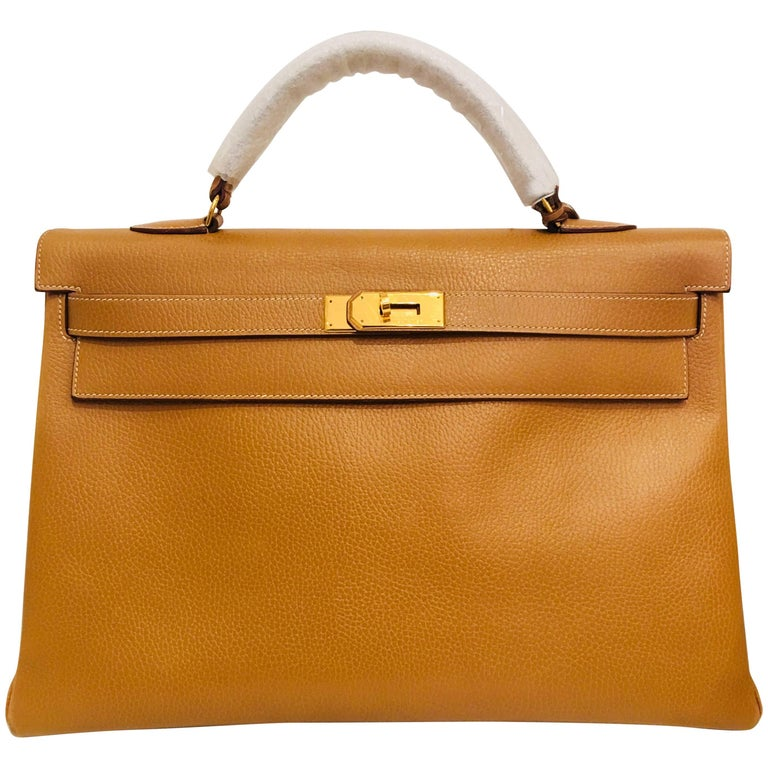 Hermés Gold Leather Kelly Bag