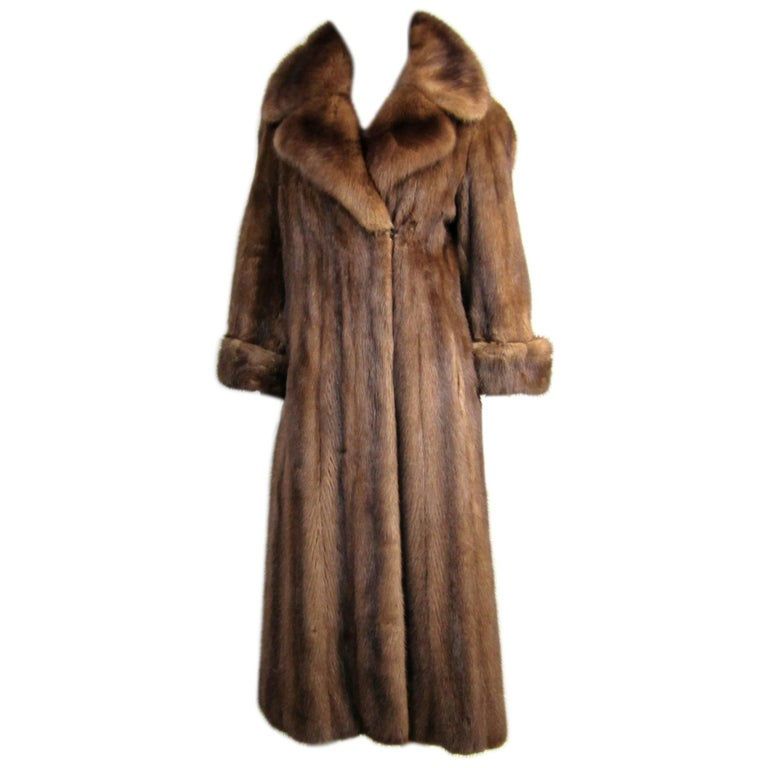 Vintage Chestnut Brown Long Mink Wide Collar Coat