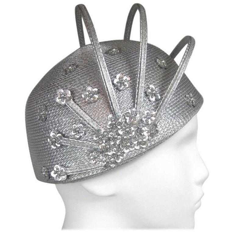 Vintage 1960s Atomic Space age MOD Silver Sculptural Hat