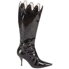 Vivienne Westwood black patent leather pointed boots with scalloped edge, Sz 40