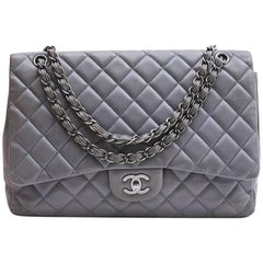 CHANEL Maxi Jumbo Bag in Pearl Gray Quilted Leather