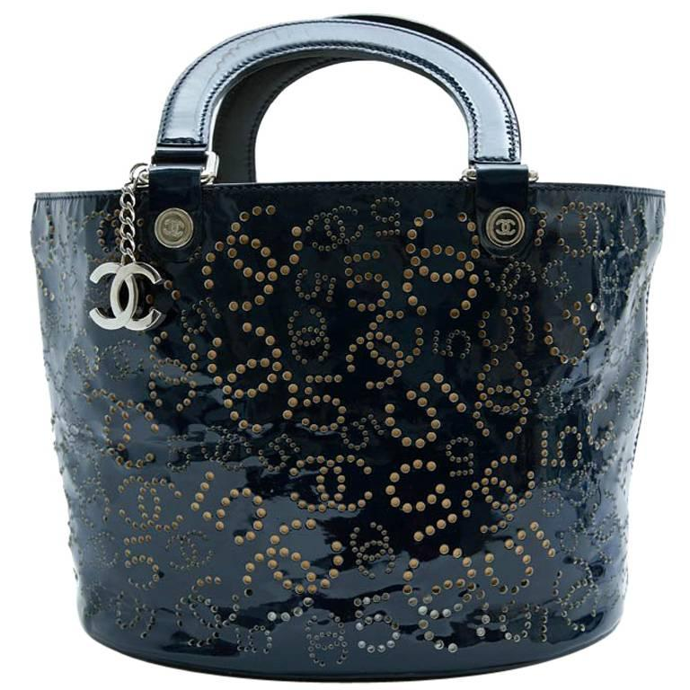 51369d3bd63de CHANEL Bag in Perforated Navy Blue Patent Leather For Sale at 1stdibs
