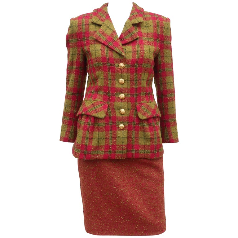 C.1980 Adolfo For Saks Fifth Avenue Plaid Boucle Skirt Suit For Sale