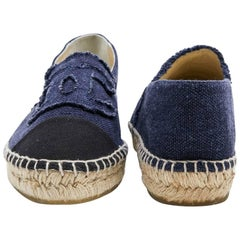 CHANEL Espadrilles in Two-tone Blue and Black Denim Size 40