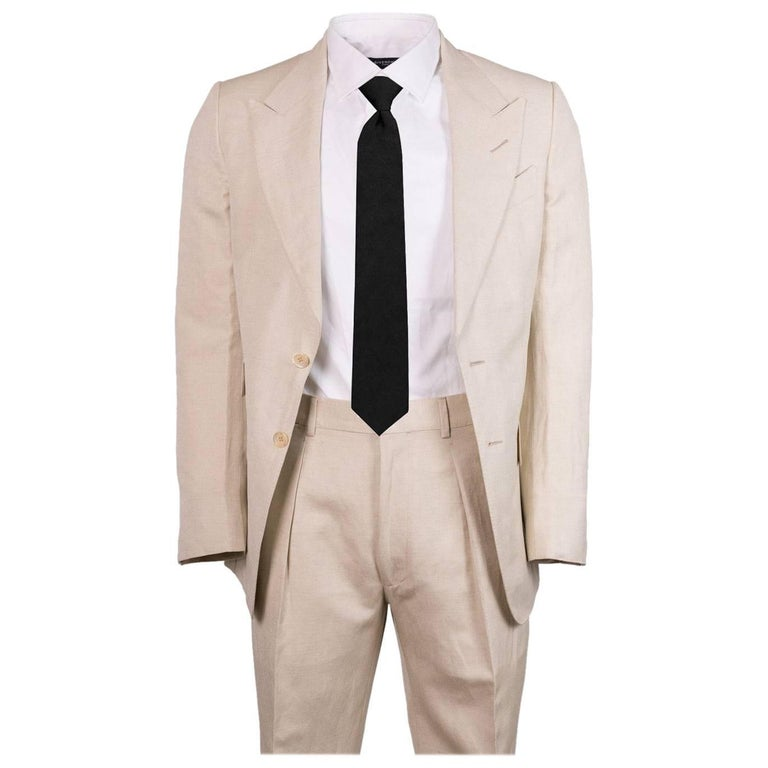 Tom Ford Men S Beige Wool Blend Two Piece Suit For Sale At 1stdibs