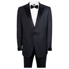 Tom Ford Black 100% Wool Satin Trim Peak Lapel Windsor Tuxedo