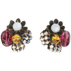 MIRIAM HASKELL c.1950's Glass Bead & Crystal Rhinestone Clip On Cluster Earrings
