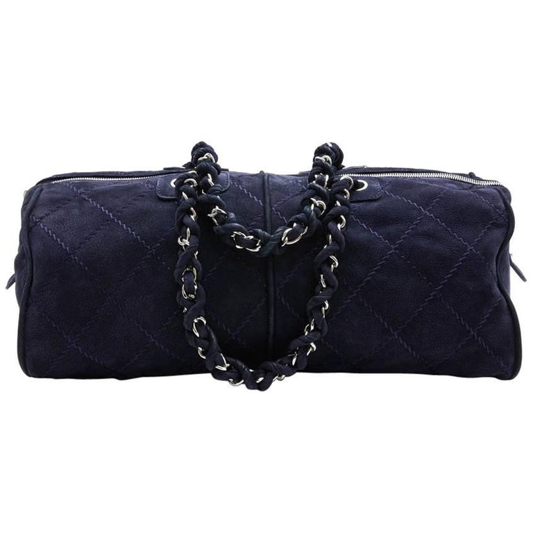 CHANEL Tote Bag in Navy Blue Quilted Suede For Sale
