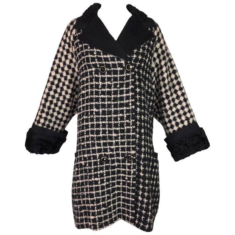 F/W 1990 Gianni Versace Black & Ivory Nubby Wool Swing Opera Coat Jacket