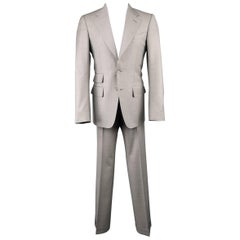 Men's  TOM FORD 36 Regular Light Grey Wool 2 Button Notch Lapel Suit