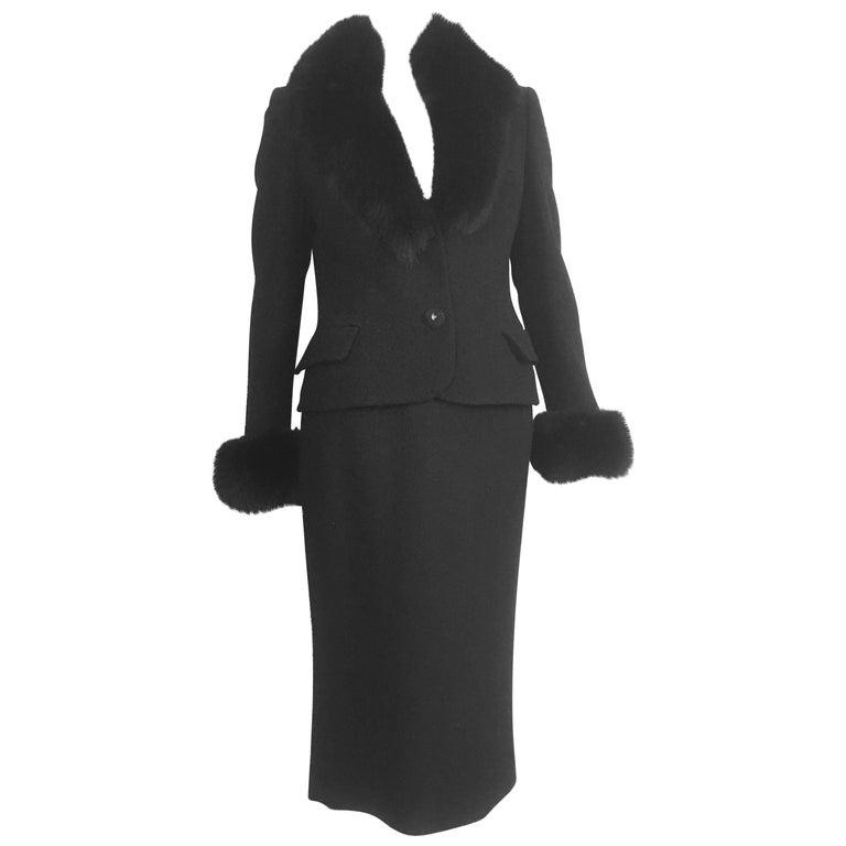 Gianni Versace Couture Black Boucle Fur Trim Skirt Suit Size 4 / 40.