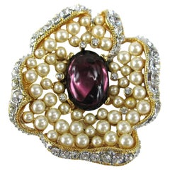 1990s KLJ Kenneth J Lane Purple Cabochon Pearl Rhinestone Enhancer-Brooch Pin