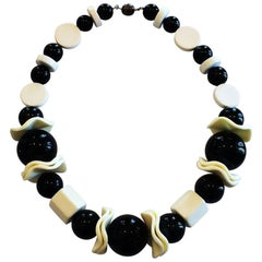 Mid Century French Bakelite Necklace