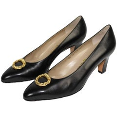 1980s Salvatore Ferragamo Black Leather Hells Pumps Shoes