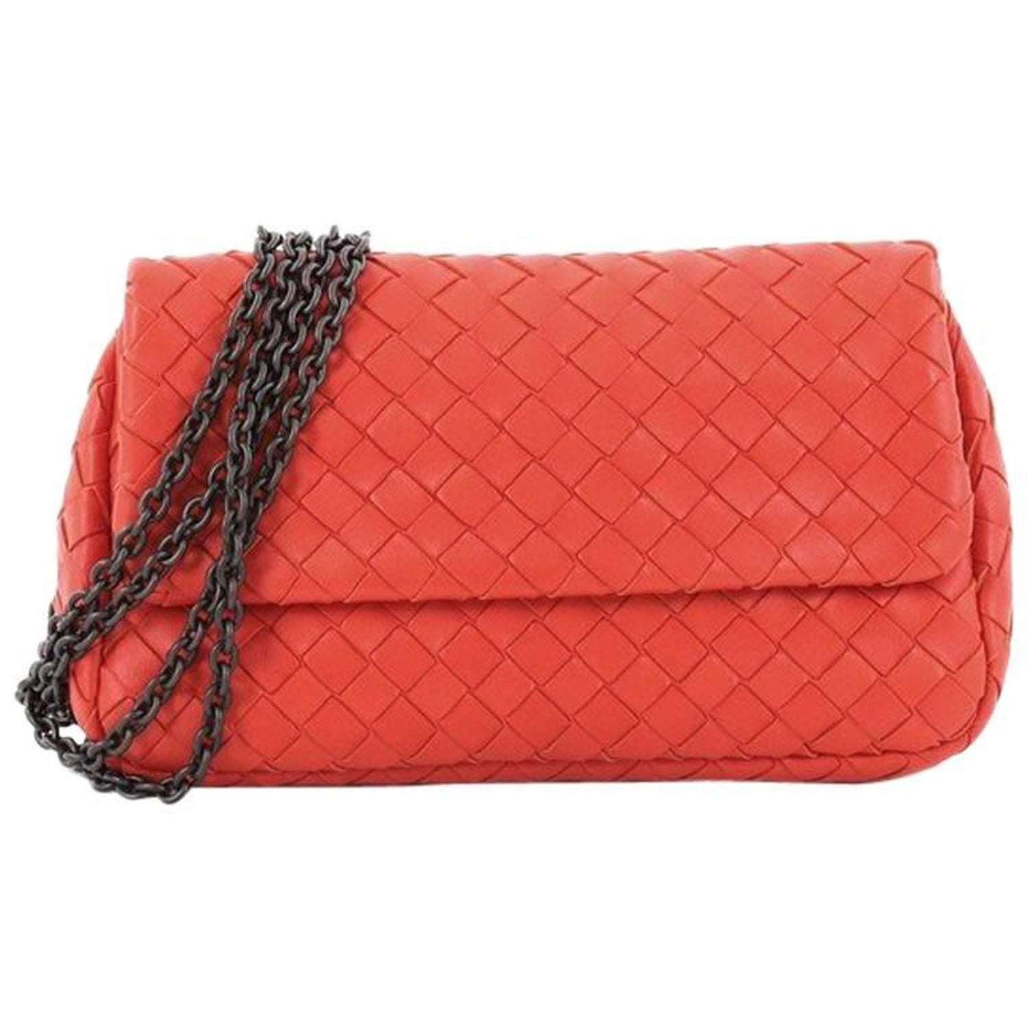b6cb0f0f7a9b Bottega Veneta Expandable Chain Crossbody Bag Intrecciato Nappa Small at  1stdibs