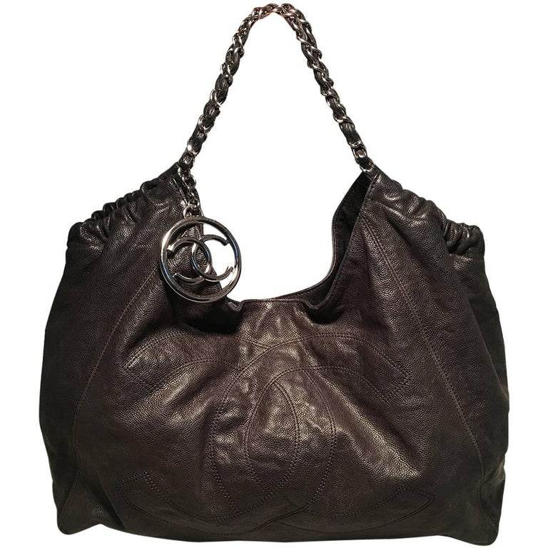 600fd0dabef79d Chanel Black Leather CC Quilted XL Shoulder Bag Tote at 1stdibs