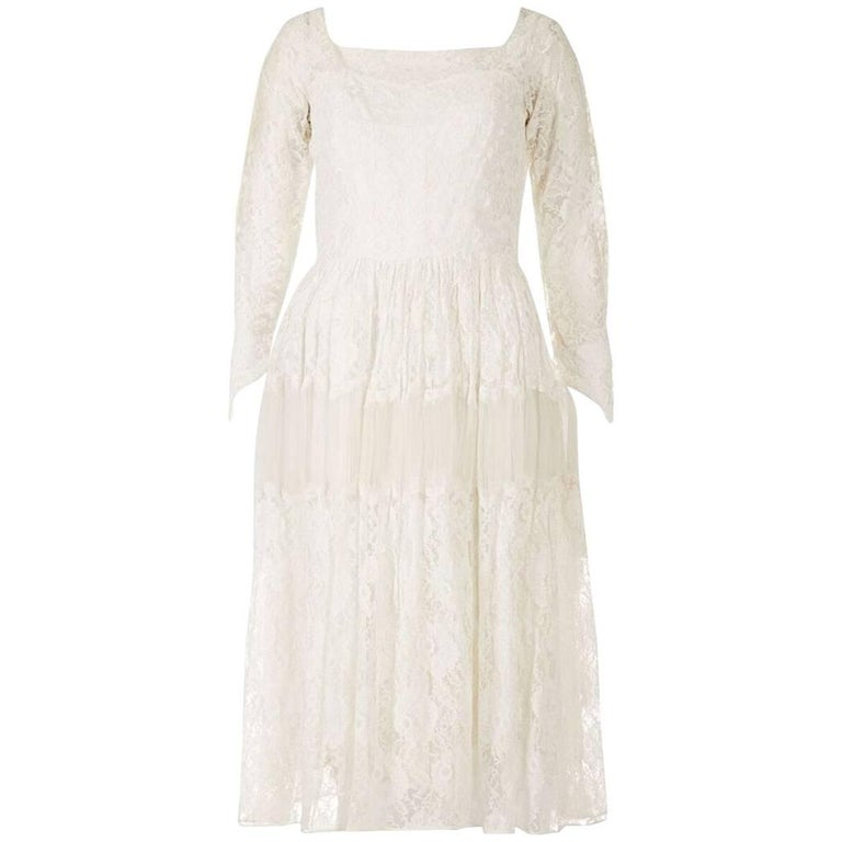 Late 1950s Early 1960s White Chantilly Style Lace Tiered Bridal Gown