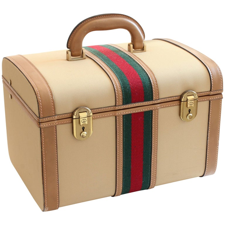 Gucci Train Case Beige Canvas Red Green Webbing Beauty Bag Travel Carry On, 70s