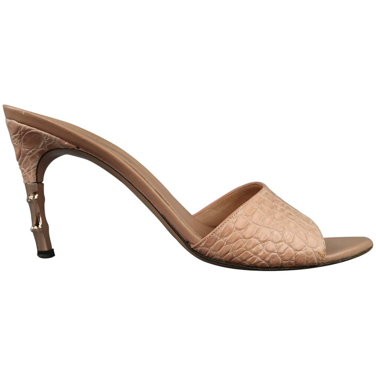 7f825ed61e5 GUCCI 10 Rose Pink Alligator Textured Leather Rose Gold Bamboo Heel Mule  Sandals For Sale