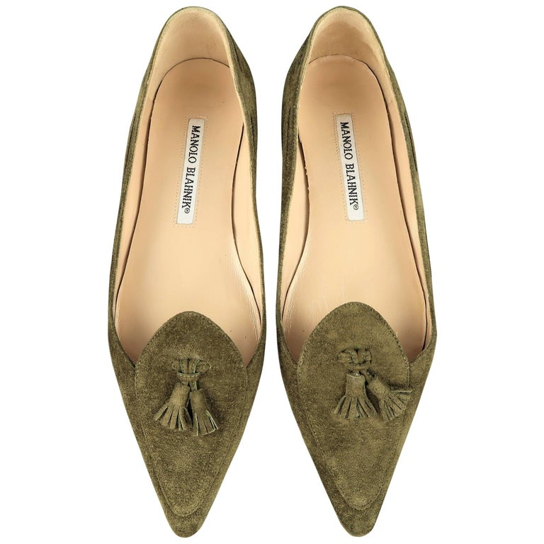 MANOLO BLAHNIK Flats - Size 5 Olive Green Suede Pointed Tassels Loafer Shoes