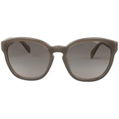 PRADA Sunglasses Grey Acetate Round Lens SPR 17R-F UAM-4K0 - Ideal for Spring
